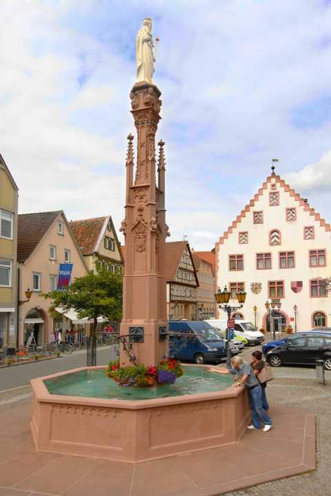 Bad_Mergentheim_Hans-Heinrich-Ehrler-Platz