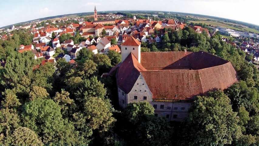 Friedberg_Stadtansicht_mit_Wittelsbacher_Schloss