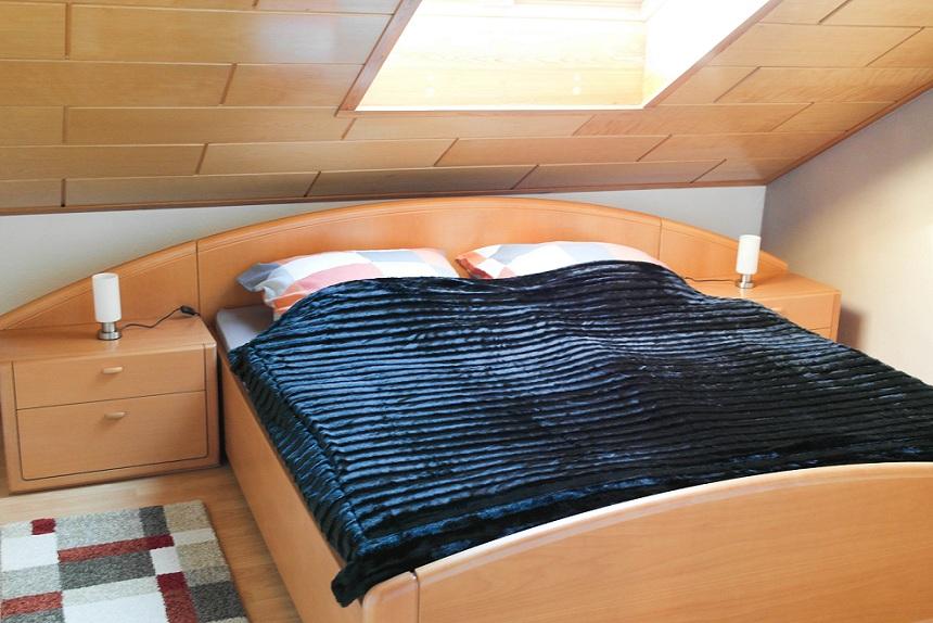 Monteurwohnung Bett