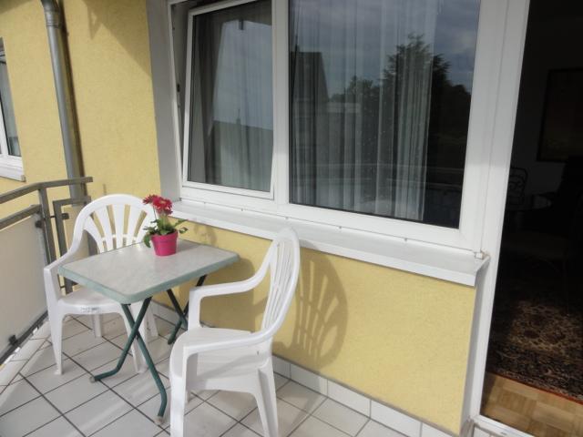g nstige monteurwohnung k ln buchheim unterkunft ferienwohnung. Black Bedroom Furniture Sets. Home Design Ideas