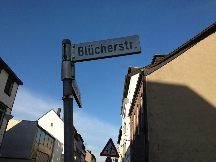 Krefeld -City Monteurzimmer Straßenschild Blücher Straße 1A