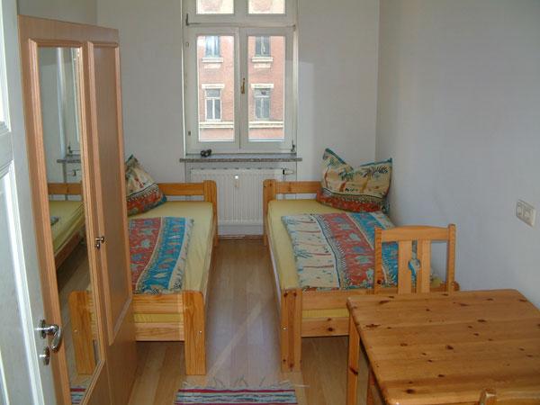 g nstige monteurzimmer leipzig mit internet wifi monteurwohnung monteurunterkunft g tezimmer. Black Bedroom Furniture Sets. Home Design Ideas