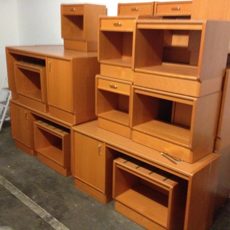 g nstig neue metallbetten oder gebrauchte bundeswehrbetten. Black Bedroom Furniture Sets. Home Design Ideas