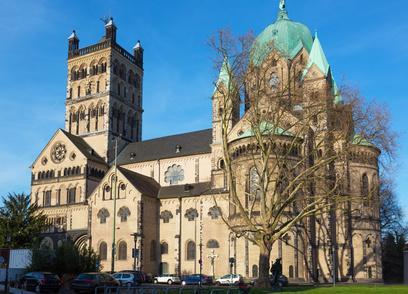 Unterkunft bei Neuss St Quirinus Münster