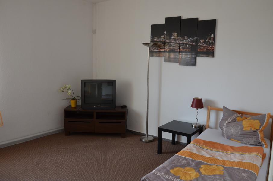 wesseling urfeld monteurzimmer monteurwohnung ferienwohnung. Black Bedroom Furniture Sets. Home Design Ideas