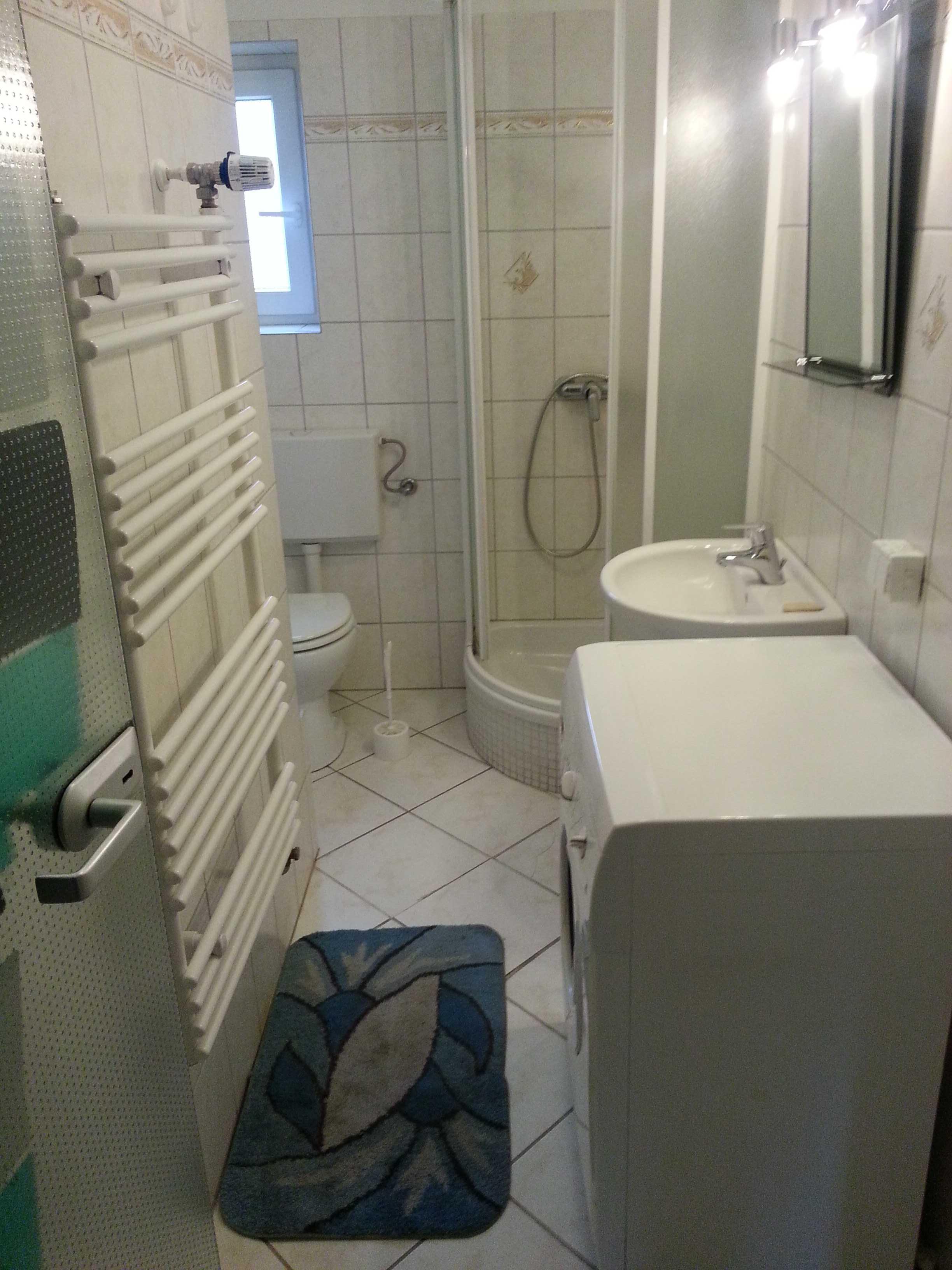 g nstige monteurzimmer wilhelmshaven monteurwohnung monteurunterkunft. Black Bedroom Furniture Sets. Home Design Ideas